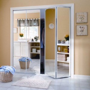 20-mirrored-bifold-closet-doors
