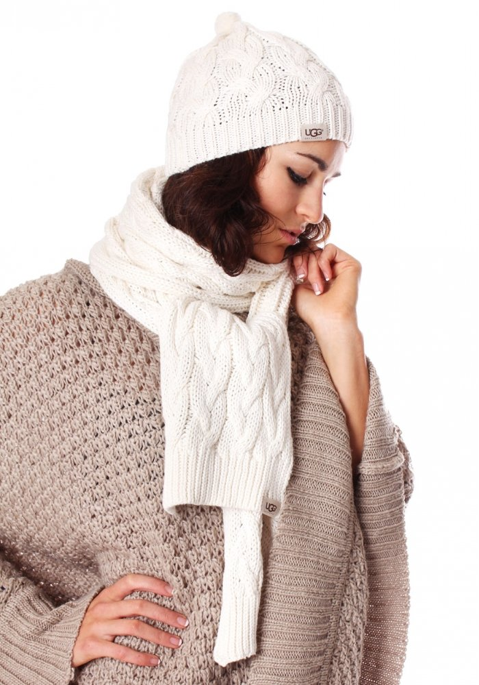 3 Must Have Winter Accessories Lifestuffs. Ugg Cream Cardy Pocket Womens Knitted Scarf