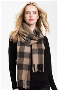 How-to-Tie-a-Cashmere-Scarf-0-585x897