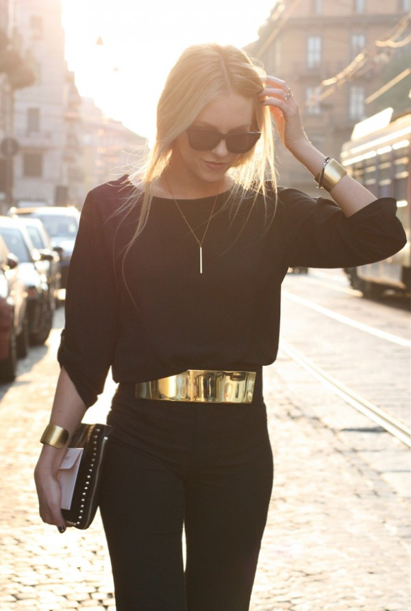 Wear all-black - how to make your monochrome outfit more interesting