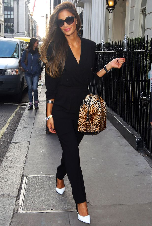wear allblack � how to make your monochrome outfit more