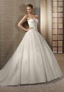 organza-strapless-sweetheart-ball-gown-elegant-wedding-dress (1)