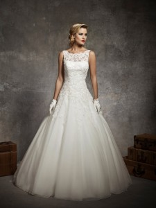timeless-sleeveless-ball-gown-wedding-dress-with-floral-appliques