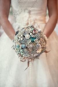 unique-bouquets-for-beach-weddings-