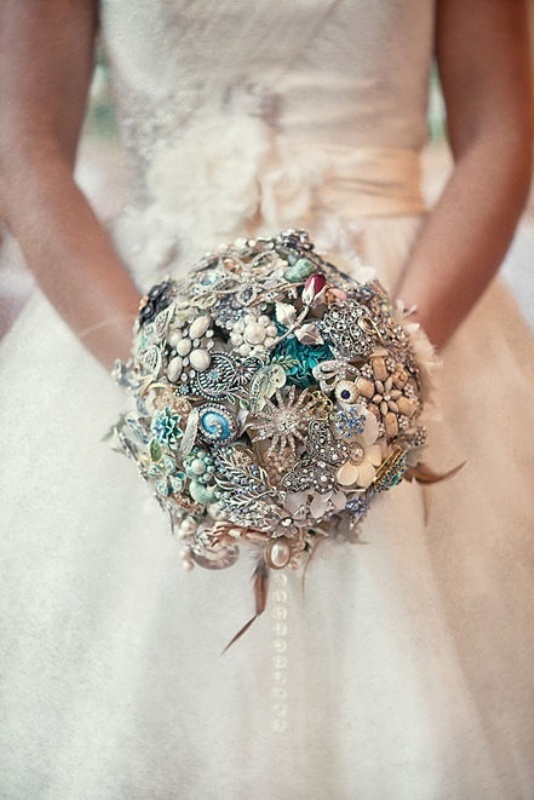Unique Bridal Flower Bouquets : Bright and beautiful stunning bridal bouquets