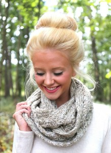 winter-accessories-for-women-men-and-kids-sweater-scarf-1
