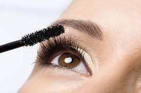 Gorgeous eyelashes in just a few steps