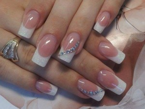 Chic-wedding-nails