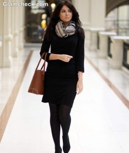 How-to-Style-Black-Winter-Dress-with-scarf