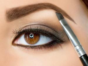 05-1380950171-1-eyebrow