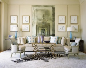 sharp-chic-beige-and-blue-living-room-design-with-brass-coffee-table