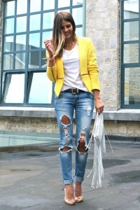 distressed-jeans-with-yellow-blazer