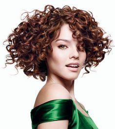 Well-defined curls - How to use a hair diffuser properly