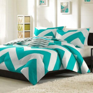coral-chevron-bedding-set