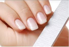How to recover your nails after acrylics