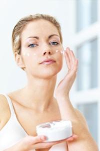 moisturize-face-1