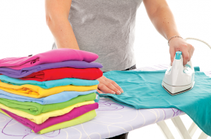 9-Tips-to-Make-Ironing-Your-Clothes-a-Piece-of-Cake2