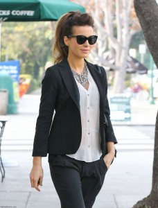 Kate-Beckinsale-out-in-LA-January-28-2014-009