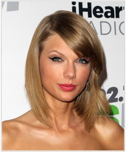taylor-swift-medium-straight-hairstyle