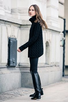 Cold weather fashion - Stylish ways to wear a turtleneck