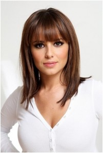 Straight-Medium-Hairstyles-with-Blunt-Bangs