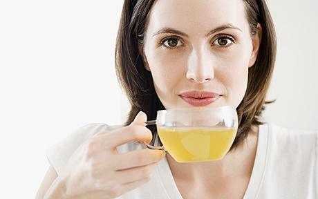 How to protect and improve your skin - Top healthy drinks for supple skin