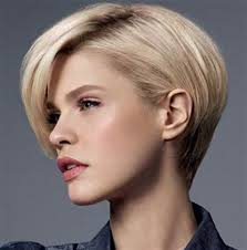 Are you looking for exciting hairstyles? Take a look at these feminine short hairstyles