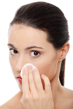 How to keep your skin beautiful - Are you removing your makeup correctly?