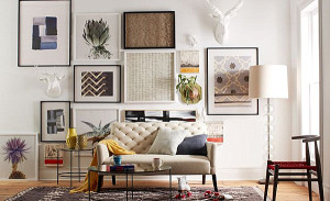 Living-room-with-a-gallery-wall