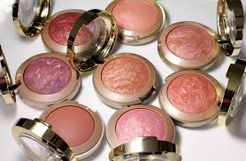 You still can't pick a perfect blush? Tips for achieving a natural-looking glow