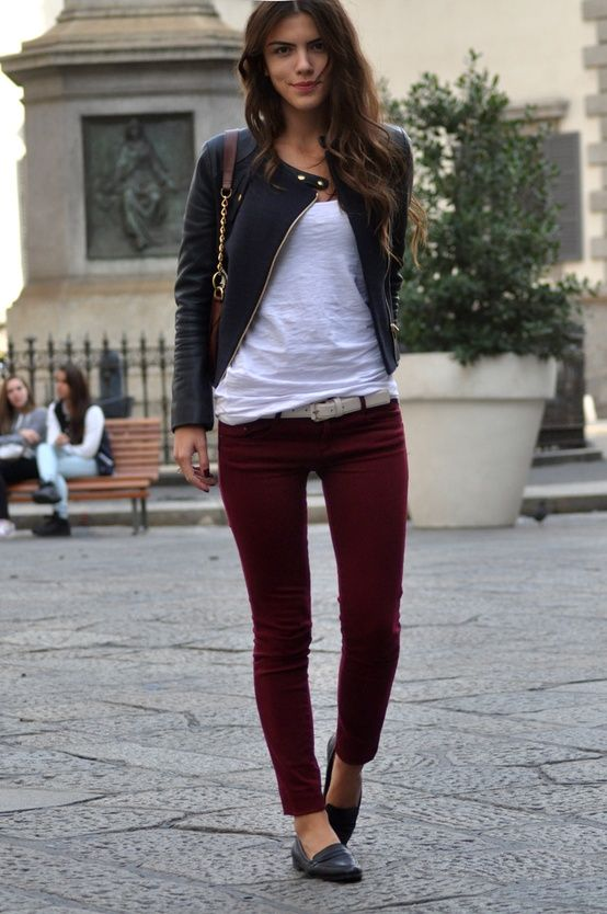 Outfits jeans wine colored How to