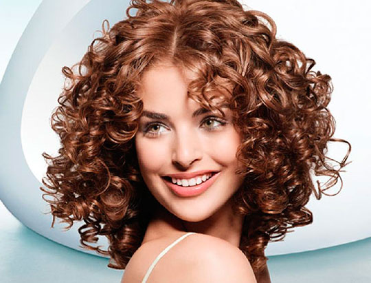 Treat your hair properly – How to care for permed hair