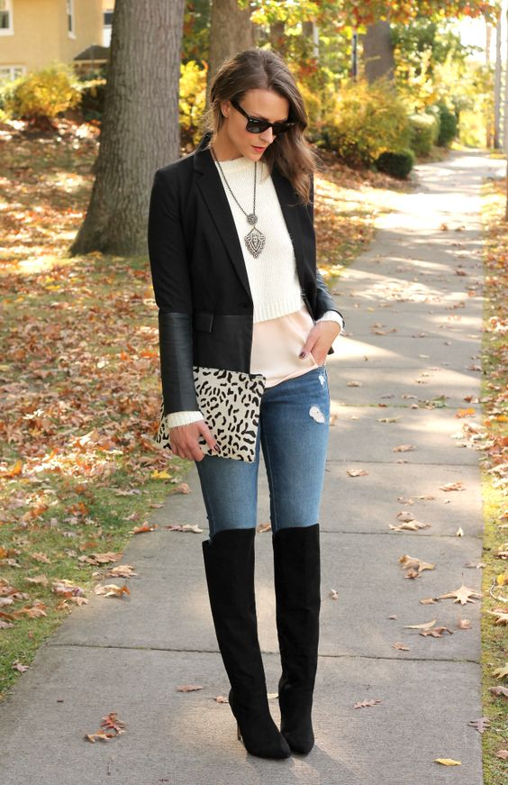 Stylish winter outfits - How to wear knee-high boots