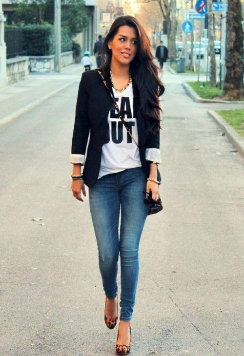 Casual outfits - How to style a black blazer